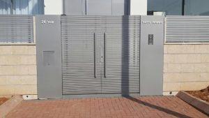 שער חשמלי לבית